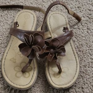 Brown cherokee sandals barely worn